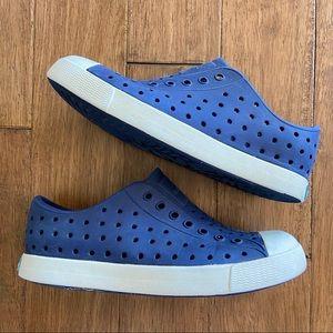 Native Jefferson Kids Navy Shoes Size 1